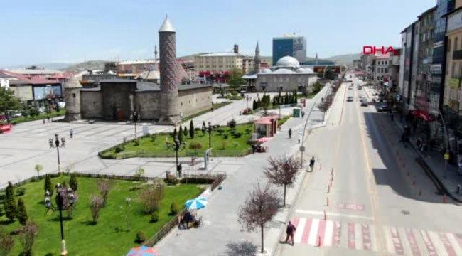 Erzurum'un cadde ve sokaklarında 'korona' sessizliği